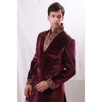 Bodyline Grandiose work #designer #sherwani with #jarkan #diamonds. Buy online at www.ethnickurtas.com