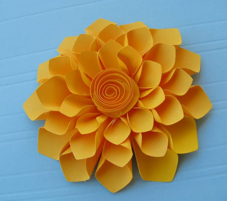 Construction Paper Flowers | Paper Corsage and FREE DOWNLOAD!