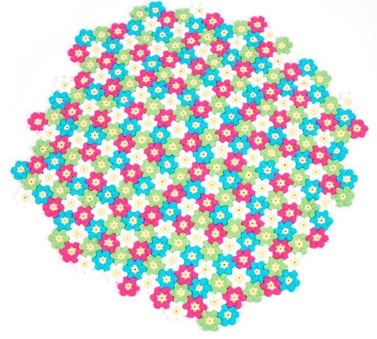 Kostenlose Anleitung: Blütenteppich häkeln   buttinette Blog