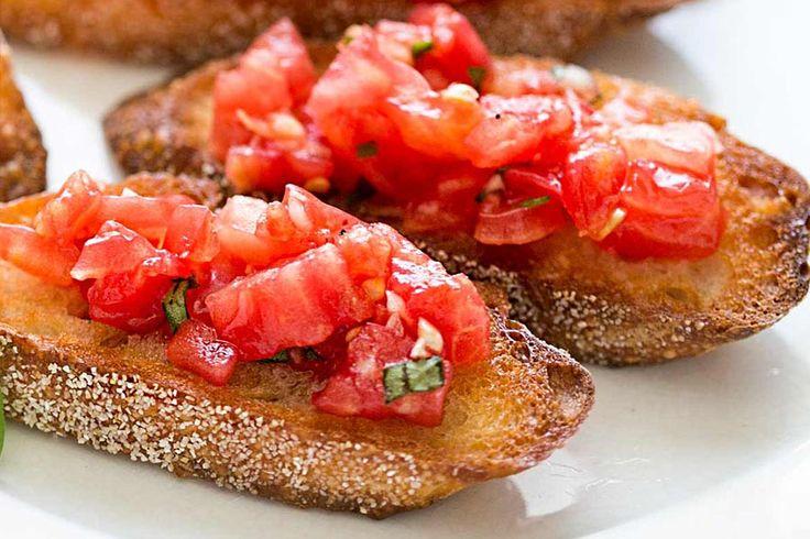 La recette de la bruschetta au Thermomix, une délicieuse tartine italienne qui sera particulièrement appréciée à l'heure de l'apéro !