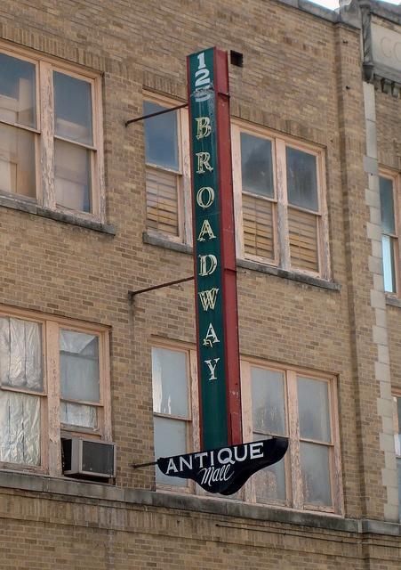 Broadway Antique Mall....San Antonio, Texas