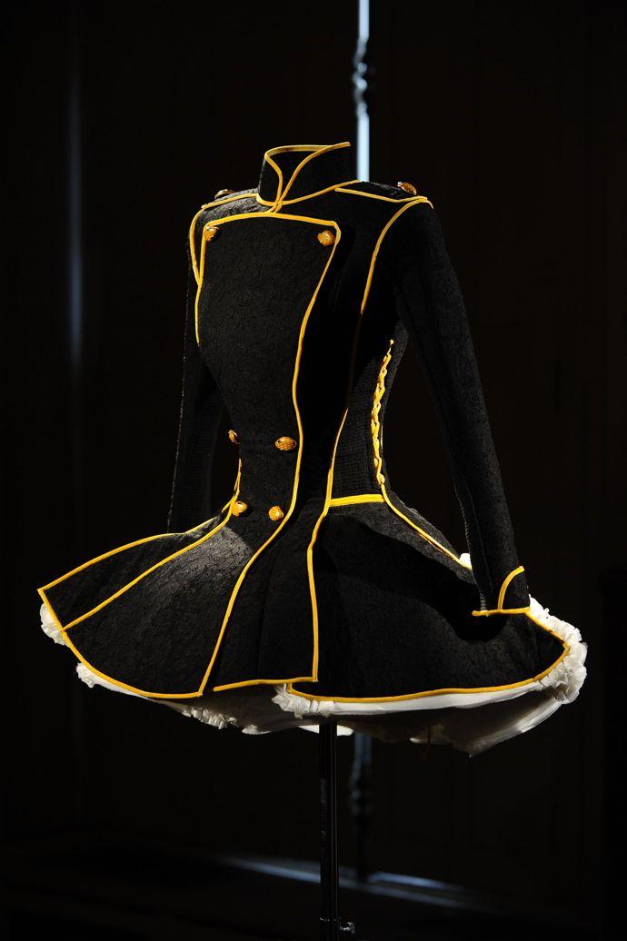 598 best Illuminated Clothing images on Pinterest | Fiber, Glitter ...