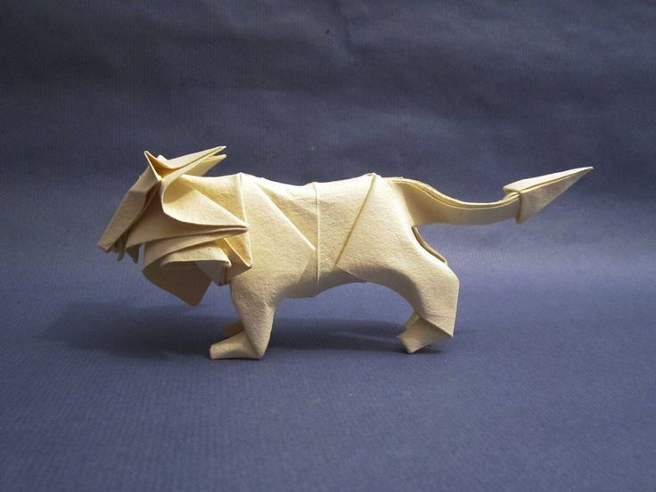 Lion refolded with the paper of Moulin Richard de Bas   by tetsuya gotani