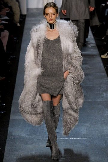 ♥♥ Love everything, I could crawl right into this entire outfit and live here all winter, love the choker, boots need I mention the fur?