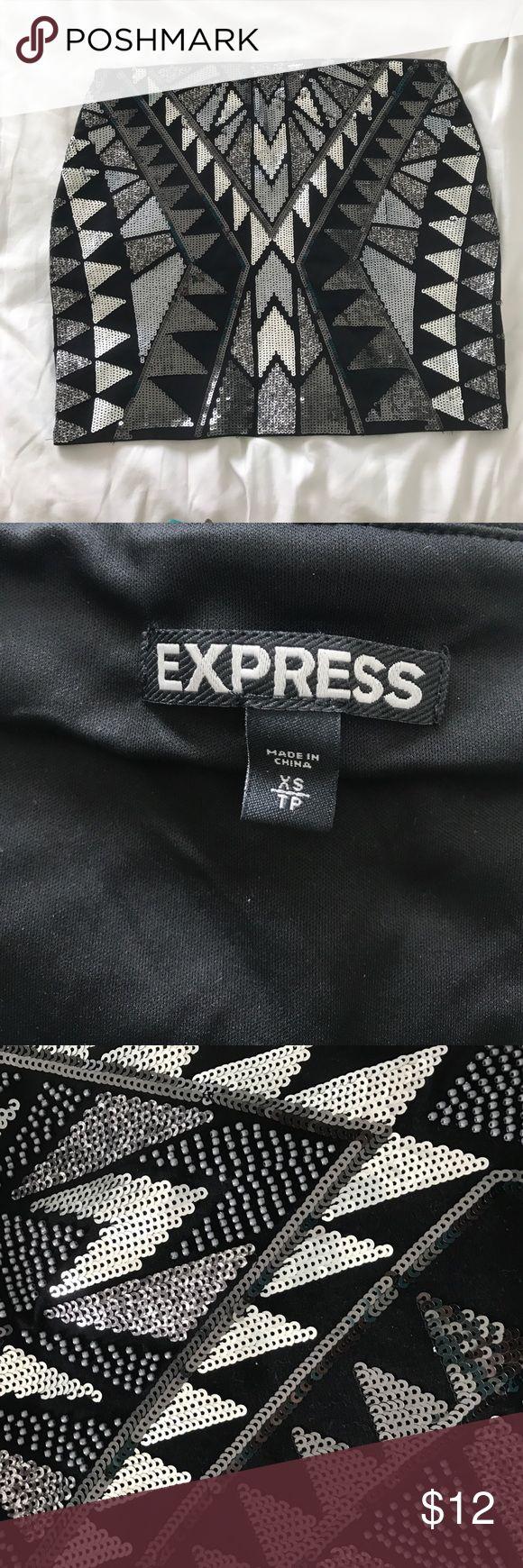 Express Sequin/Beaded Skirt Never Worn Never worn, fun going out skirt Express Skirts Mini