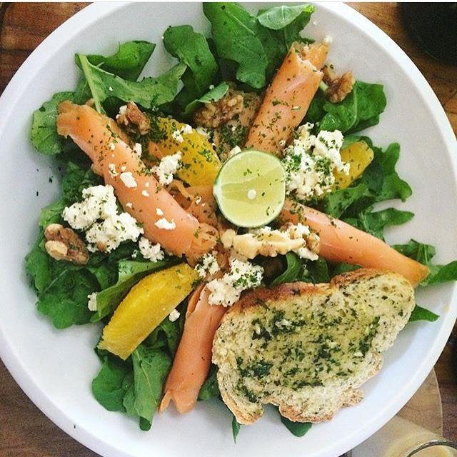 Smoked salmon salad with gluten free garlic crust by Avocado Cafe Bali