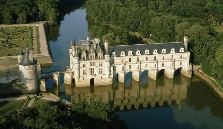 Tours (castillo de Chenonceau: ruta de los castillos del Loira) http://maleta-en-mano.blogspot.com.es/2014/09/ruta-de-los-castillos-del-loira.html