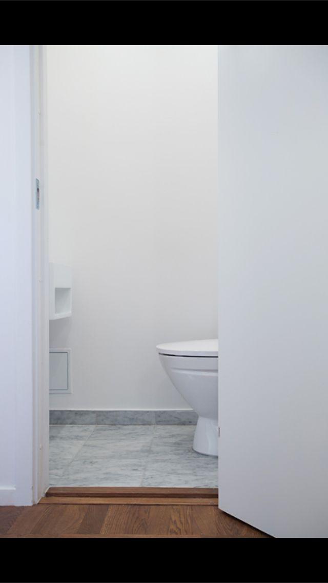 g sttoalett badrum pinterest badrum renovering och f r hemmet. Black Bedroom Furniture Sets. Home Design Ideas