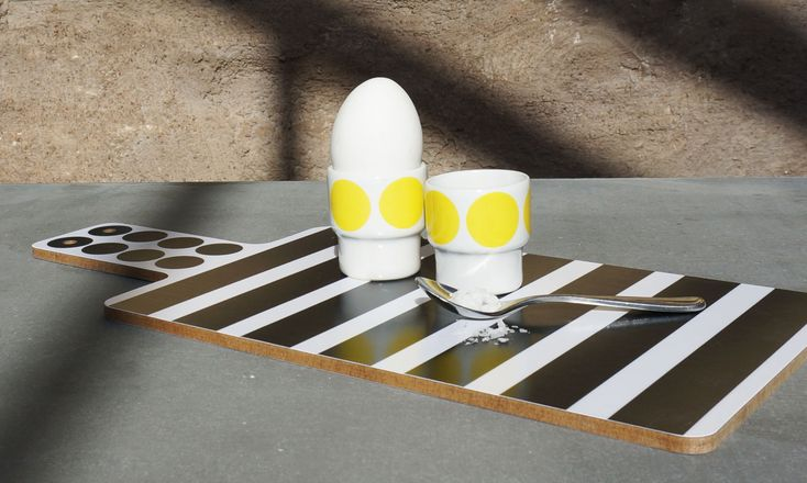 Cuttingboard and eggcups from my collection DIDO!