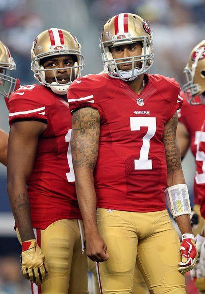 Colin Kaepernick Photos - Chicago Bears v San Francisco 49ers - Zimbio