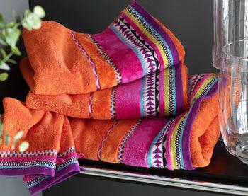 1000 ideas about linge de bain on pinterest bath linens linge de toilette and drap. Black Bedroom Furniture Sets. Home Design Ideas