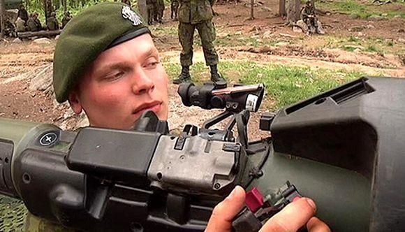 Puolustusvoimat_panssarintorjuntaohjus_maavoimat_armeija (580×332)