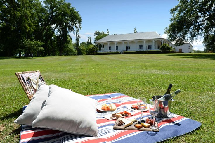 Quamby Estate = Perfect Picnics! @tasmania @australia #discovertasmania #seeaustralia #picnic