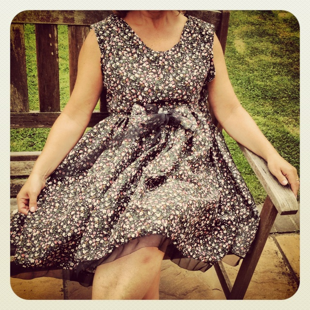Vintage floral dress beaded with bow, handmade