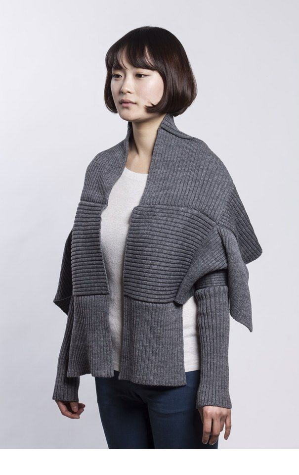 THE BlueEL.(www.theblueel.com),  Monk Shawl ,100% Wool, & Knitting,  160x 65 cm ,Color  :  Gray & Navy Blue,  Made in Korea(韓國),  By HyeRan Kim