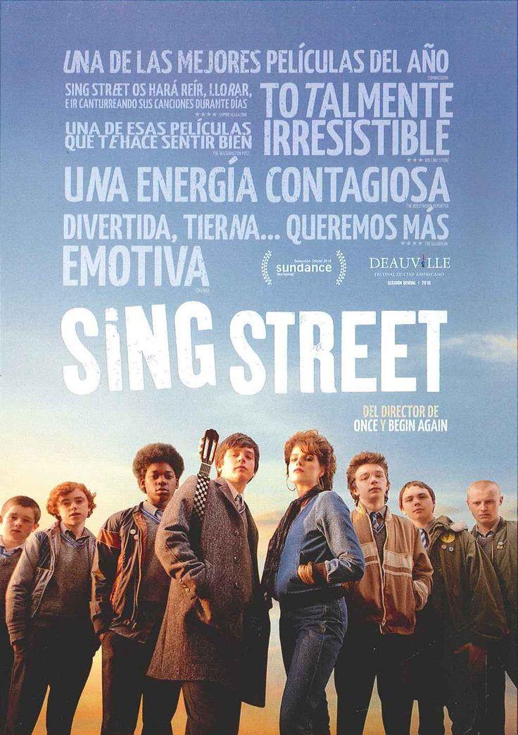 """""""Sing Street"""" (2016) Irlanda, dirigida por John Carney. En el Dublín de 1980, la recesión económica hace que Conor cambie la comodidad de la escuela privada en la que estudiaba por un centro público donde el clima es más tenso. Encontrará un rayo de esperanza en la misteriosa Raphina y, con el objetivo de conquistarla, la invitará a ser la estrella en los videoclips de la banda que quiere formar. Ella accede, y ahora Conor debe cumplir su palabra."""