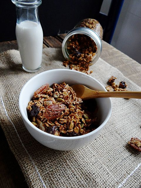 Maple pecan granola | From the Kitchen | Pinterest