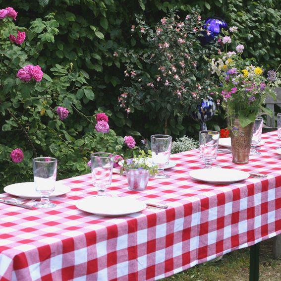 Tischdecke für Biergartentisch, von WOHNKLEID, verschiedene Farben und Muster, handgemacht in München