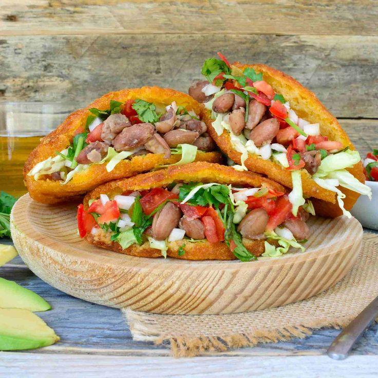 Diese vegan gorditas sind voll von frischen Mais-y, Straße foody-y Güte.  Sie sehen einfach, aber Sie werden auf jeden Fall ausfüllen!  Toll für Mittag- oder Abendessen.