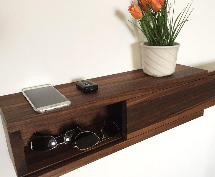 flurm bel aus amerikanischem nussbaum. Black Bedroom Furniture Sets. Home Design Ideas