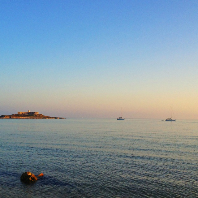 L'isola delle correnti si trova all'estrema punta della Sicilia meridionale, località Portopalo di Capo Passero