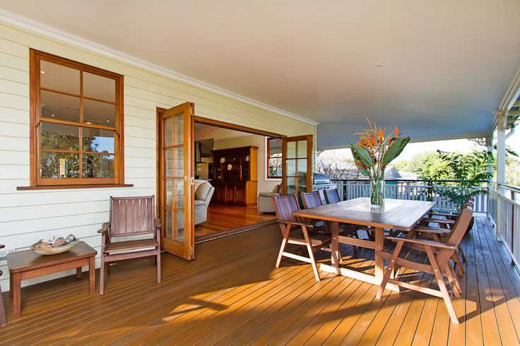 Beautifully Restored Queensland Back Deck after Styling