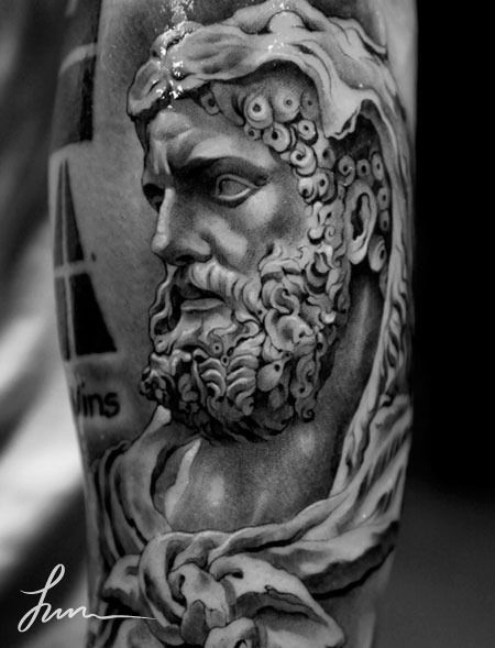 73 best gladiator tattoos images on pinterest tattoo ideas ancient greece and tattoo designs. Black Bedroom Furniture Sets. Home Design Ideas