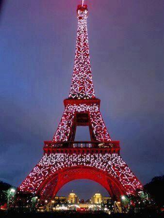 Christmas + Paris .... Oh I wish!