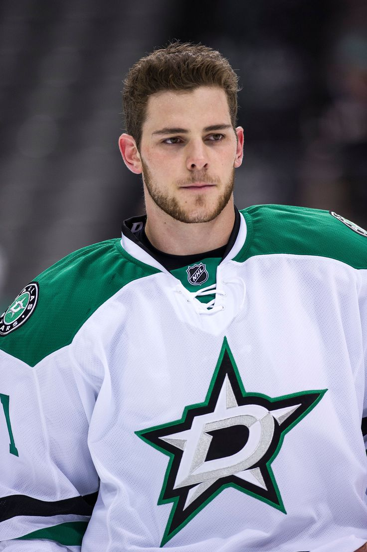 CrowdCam Hot Shot: Dallas Stars center Tyler Seguin warms up before the game against the Florida Panthers at American Airlines Center. Photo by Jerome Miron