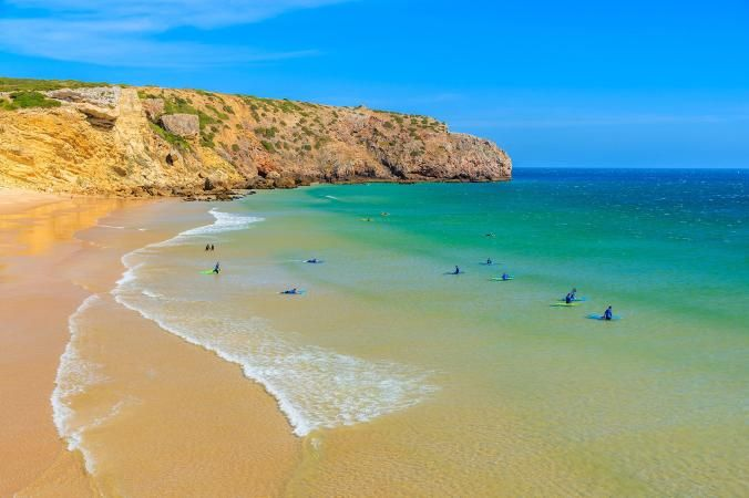 """The #Algarve, #Portugal featured on National Geographic's list of """"World's 20 Best Surf Towns"""" -  06-06-2017 