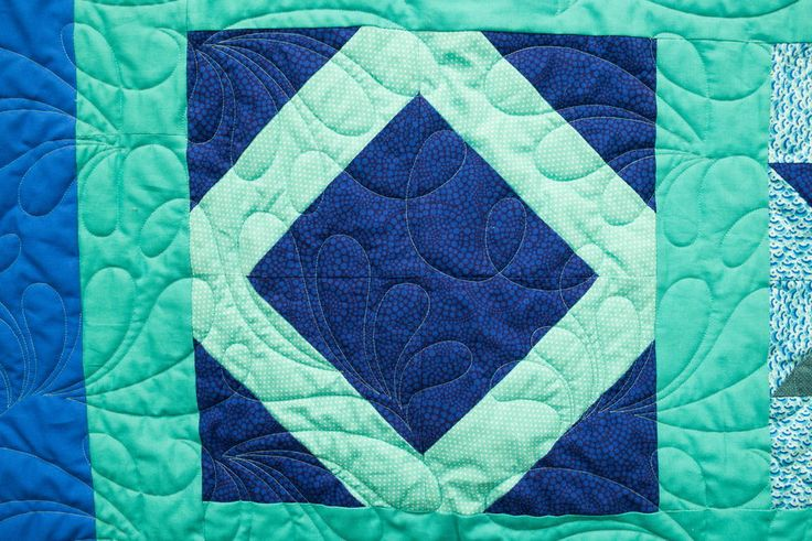 Lattice Square Block Pattern | Our newest Block of the Month video is here! Learn how to make a lattice square with this quilting tutorial.