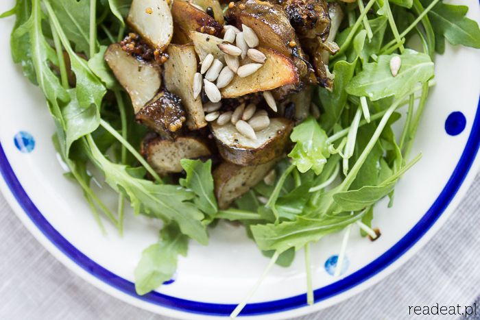 Roasted sunchoke, fennel and potato salad with sugar beet dressing – readeat.pl – vegan kitchen, books movies, travels