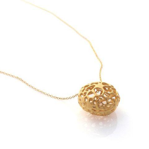 Gold Lace Pod Necklace by Louise Douglas – Tessuti