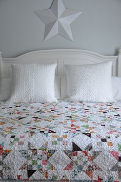 Scrap Jar Quilt - tutorial here: http://alittlebitbiased.blogspot.com/2012/01/scrap-jar-stars-tutoroial-giveaway.html