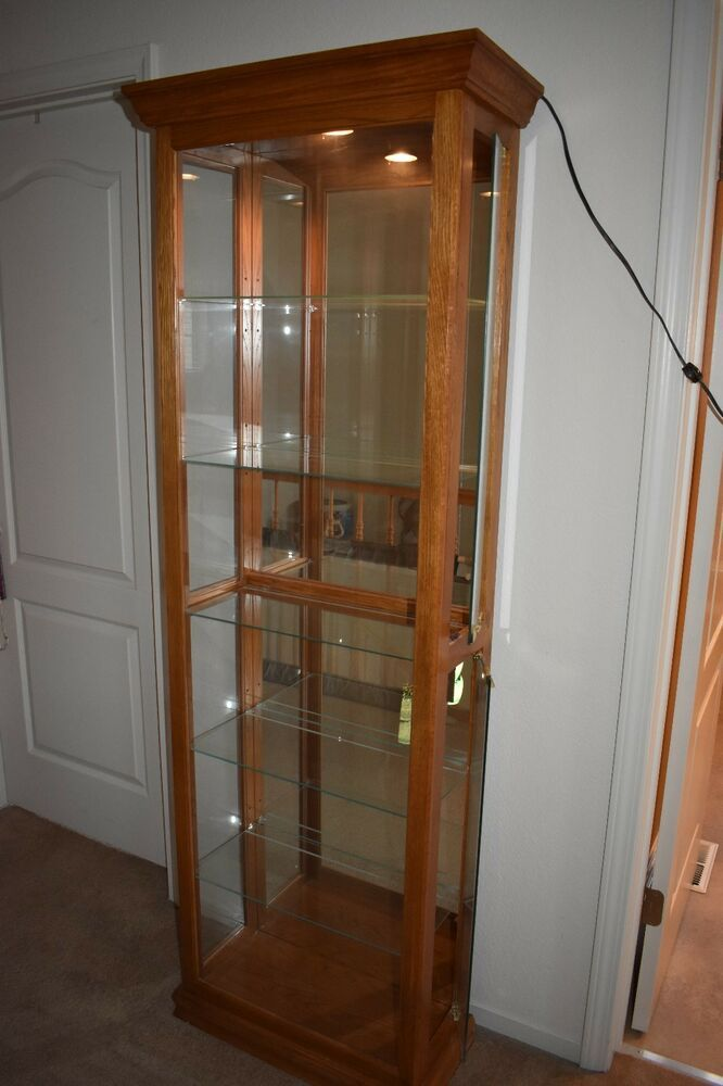 Vintage 1990 S Oak Curio Glass Lighted Display Cabinet Vintage