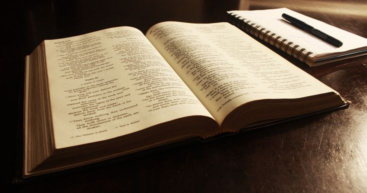 Lose Weight With The Bible: 9 Powerful Biblical Scriptures