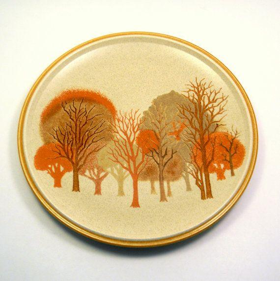 Vintage 1960s mikasa walnut grove dinner plates 28 from for Mikasa es su casa