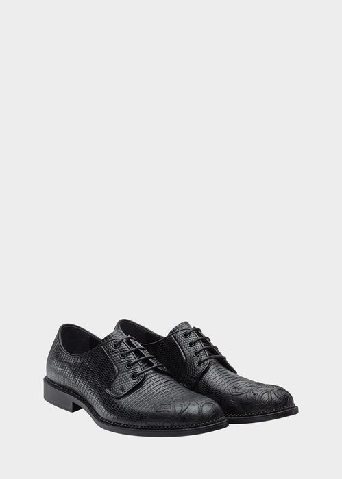 Versace Embossed Toe Oxford Shoes for Men | Online Store EU. Embossed Toe Oxford Shoes from Versace Men's Collection. Laced, calf leather oxford shoes, with embossed toe feature, and a rubberized sole.