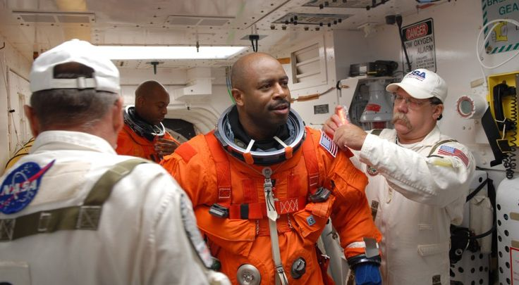 'To Donald Trump,' by Leland Melvin, former NASA Astronaut and NFL Player, regarding football players kneeling during national anthem.