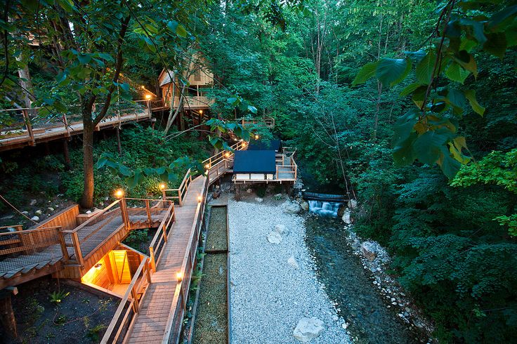 Tree houses, glamping tents, pier tents, ..... in Garden Village Bled.