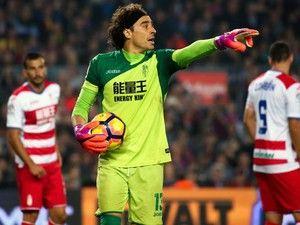 Guillermo Ochoa: 'I want to stay in La Liga'
