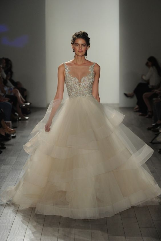 208 best images about suknie lubne on pinterest tes for Lazaro wedding dress price range