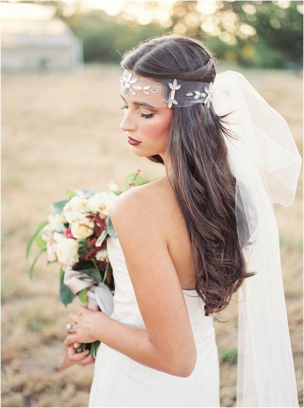 Www.hannahhardawayphoto.com || Portrait of the bride and