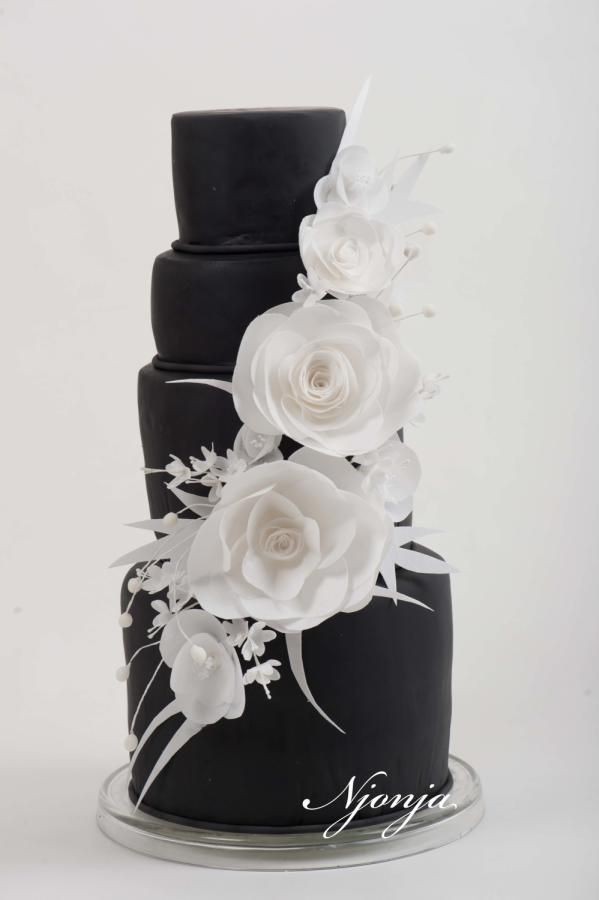 Black wedding cake by Njonja - http://cakesdecor.com/cakes/285243-black-wedding-cake