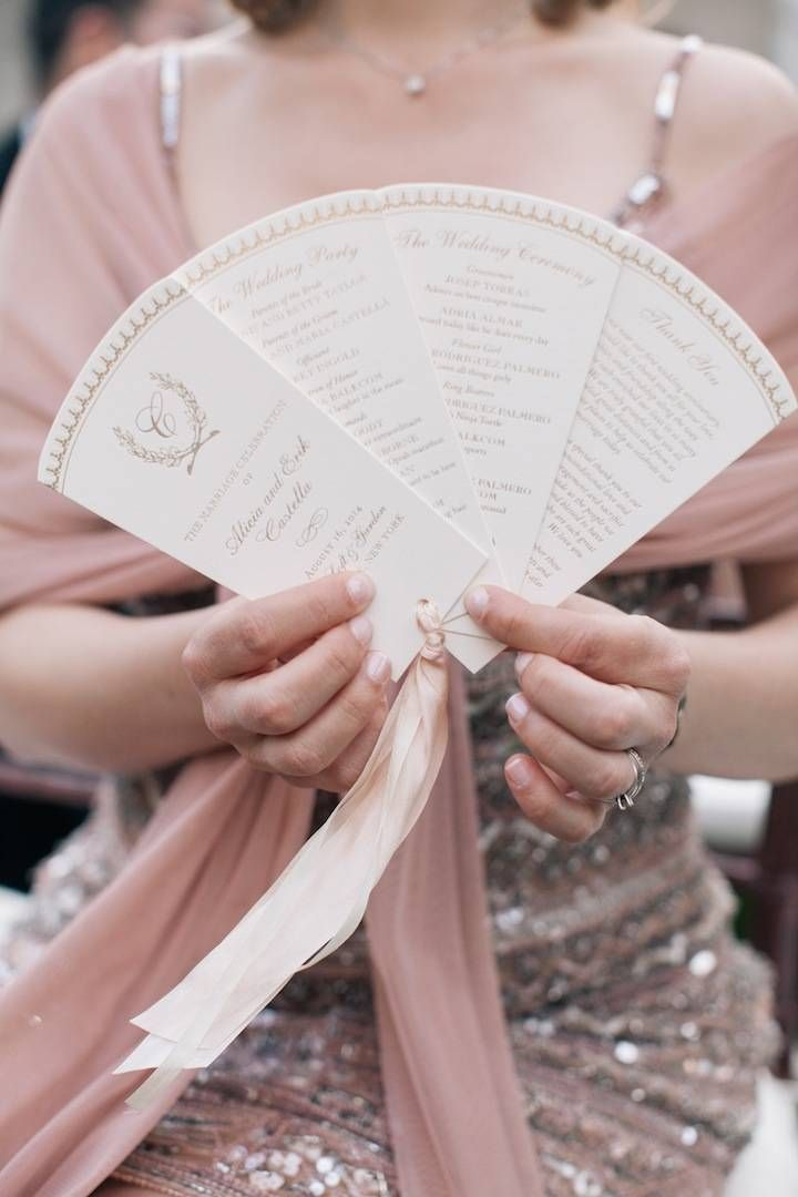 photo: Kelly Kollar Photography; wedding ceremony program idea