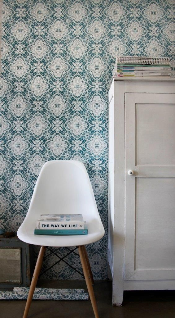 Queen Collection Wallpaper. Styling: Scandinavian Wallpaper & Dcor