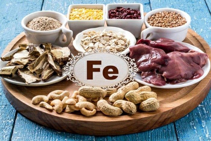 Votre organisme manque de fer? Voilà une sélection de 40 aliments riches en fer pour lutter contre le risque de développement d'anémie ferriprive.