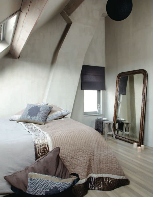 Fresco lime paint from Pure & Original in the color River Silt
