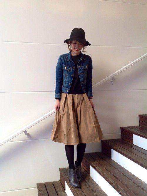 アーバンリサーチ DOORS 茶屋町店 akeyoさんのスカート「DOORS メモリータックギャザースカート(URBAN RESEARCH DOORS WOMENS アーバンリサーチ ドアーズ ウィメンズ)」を使ったコーディネート