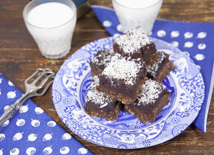 Ett plus ett är inte alltid mer än två, chokladbollsbrownies är dock ett lysande undantag. En chokladbollsbotten och ett brownieliknande täcke. Och du behöver ingen ugn!